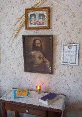 sacredheartenthronement